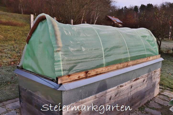 Hochbeet-mit-Dach-selber-machen-Steiermarkgarten
