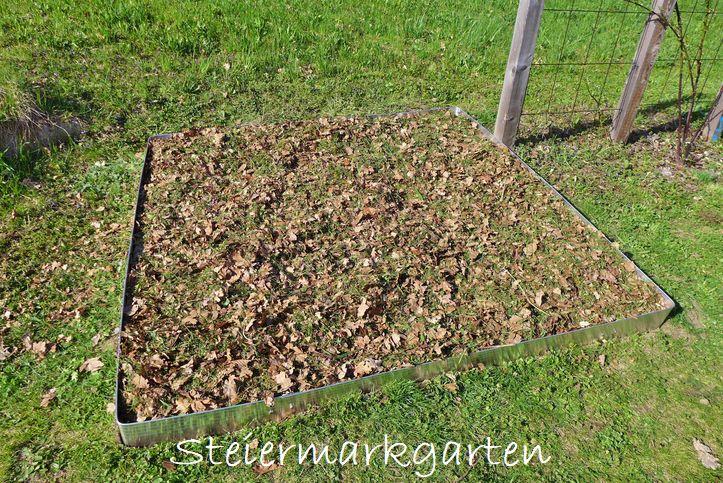 Erde-und-Mulch-Beet-anlegen-Steiermarkgarten